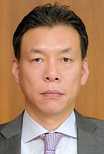 Albert-Yong